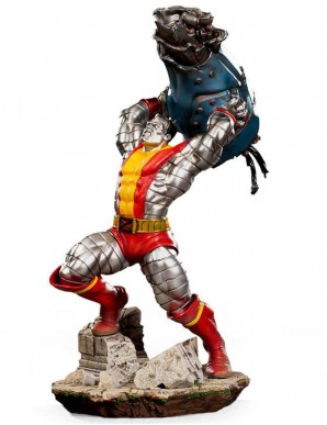Marvel Comics statuette...