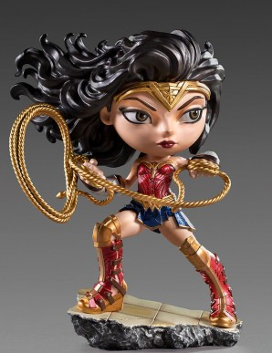 Wonder Woman 1984 figurine...