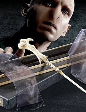 Harry Potter réplique baguette de Lord Voldemort
