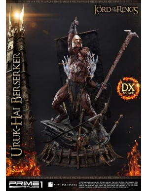 The Lord of the Rings statuette 1/4 Uruk-Hai Berserker Deluxe Version 93 cm