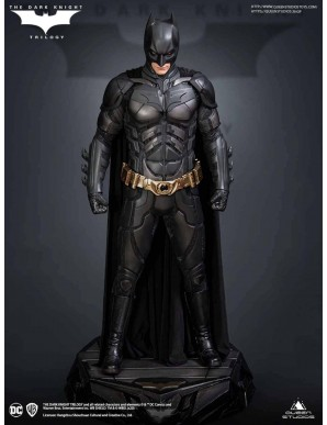 The Dark Knight statuette 1/3 Batman Regular...